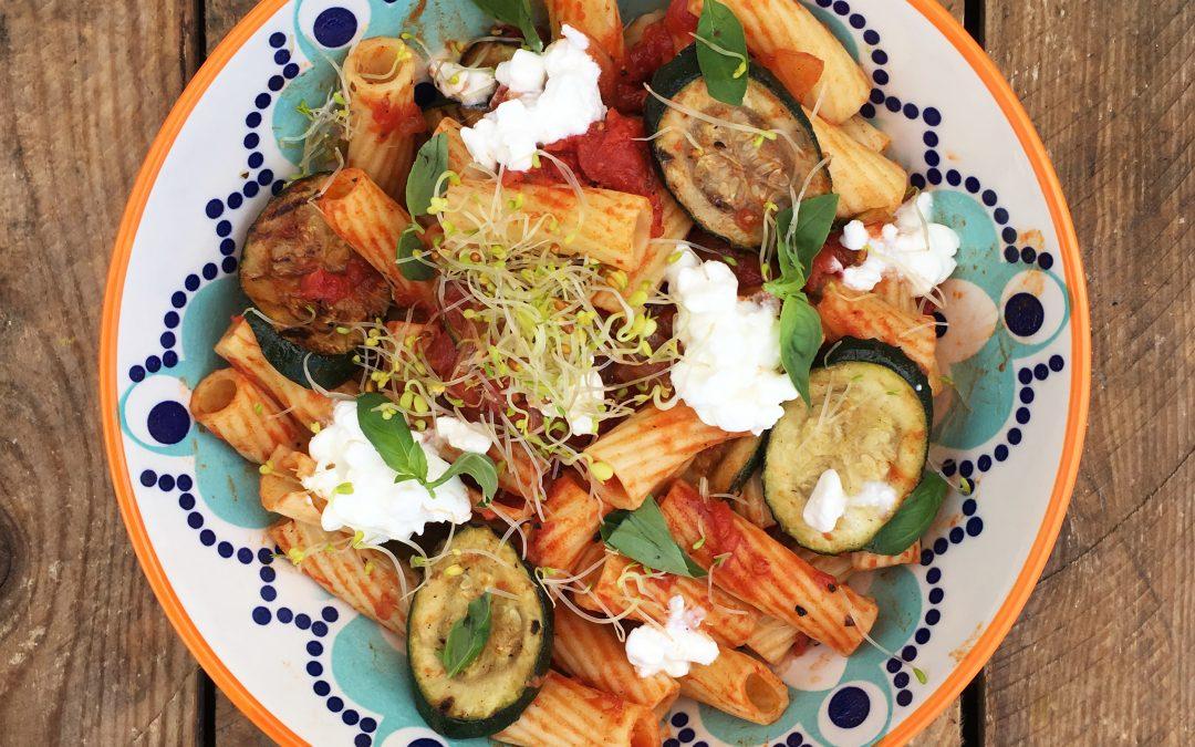 Pasta with aubergine and ricotta cheese
